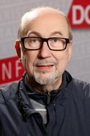 Steffen HOlz Porträt Hochformat